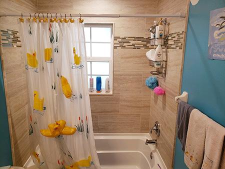 robbins guest bath